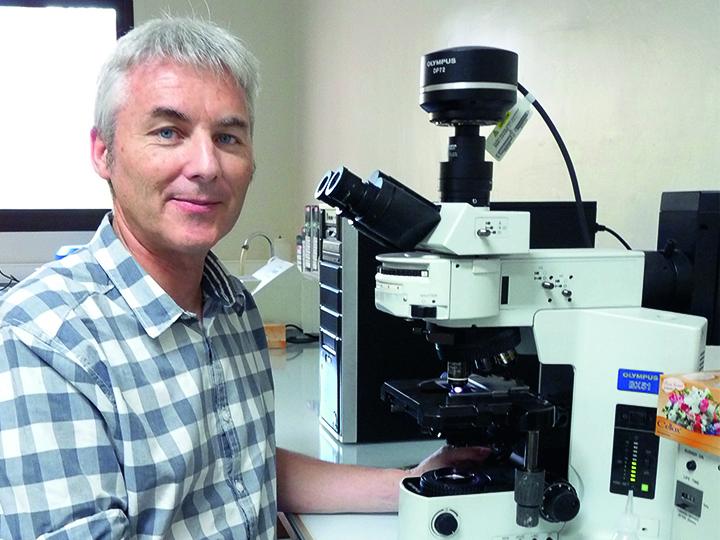 Dr Didier Ménard